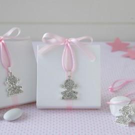 Caja Blanca Lazo Rosa con Colgante Niña Strass y 5 Peladillas